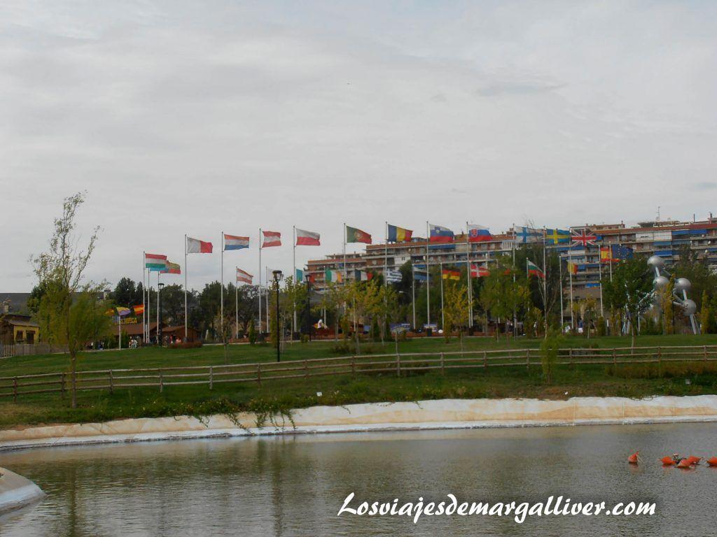 Plaza de Europa en el parque Europa - Los viajes de Margalliver